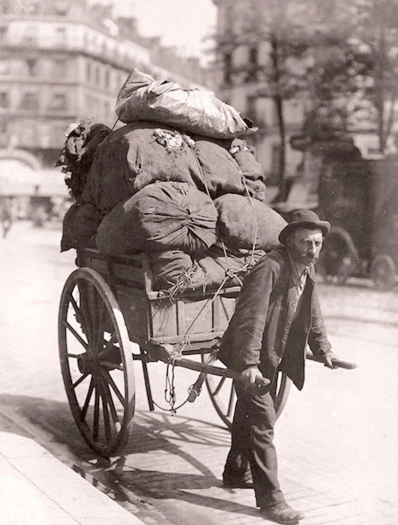 Rag collector, 19th century photograph by Eugene Atget.