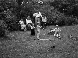 Children lived at the Practice House to give child-care experience to undergraduates.
