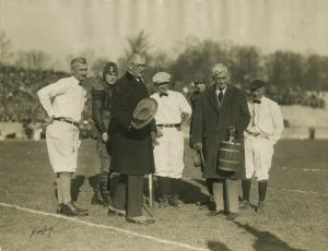 Presentation of Old Oaken Bucket, November 21, 1925. Archives Image no. p0023404
